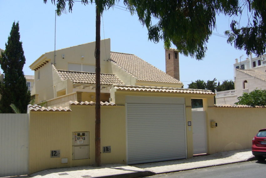 7929-villa-for-sale-in-playa-flamenca-52546-large