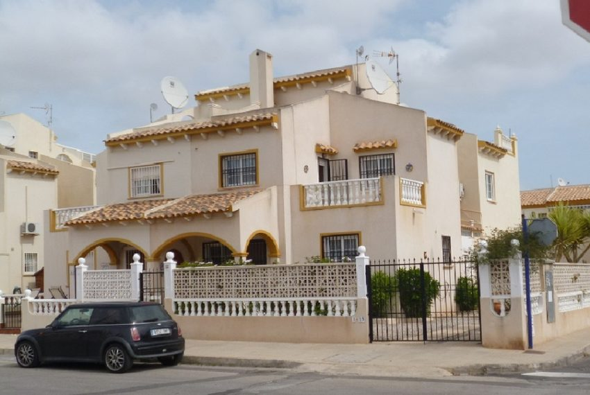 8623-quad_house-for-sale-in-playa-flamenca-60226-large