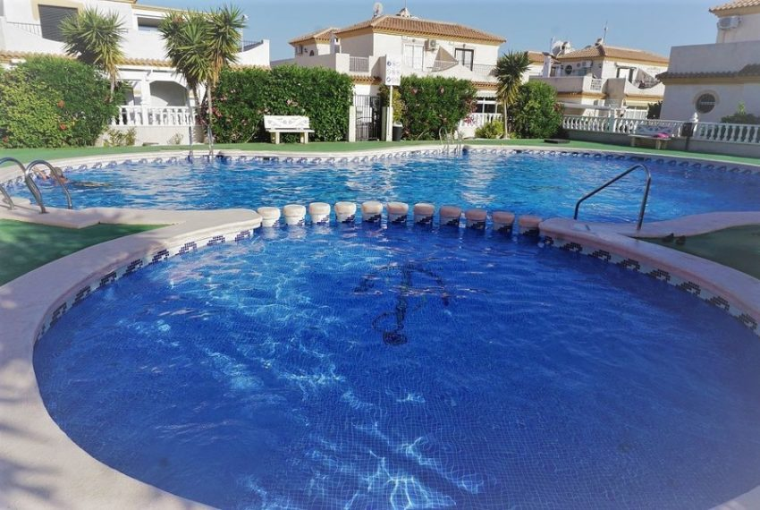 8673-quad_house-for-sale-in-playa-flamenca-60853-large