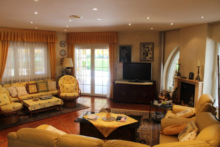 8786-villa-for-sale-in-cabo-roig-62272-large