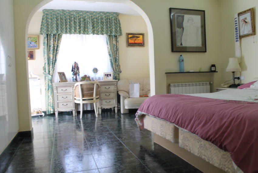 8786-villa-for-sale-in-cabo-roig-62275-large