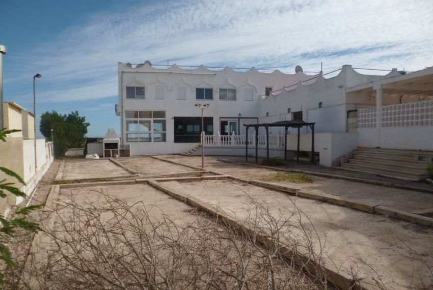 8839-commercial-for-sale-in-san-miguel-62786-large