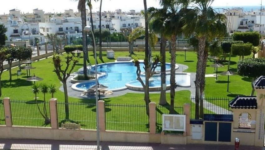 9005-apartment-for-sale-in-la-florida-64478-large