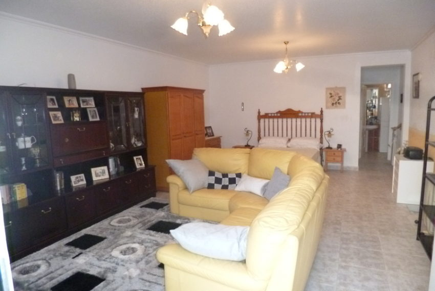 9378-villa-for-sale-in-san-miguel-68655-large