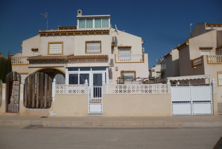 9404-quad_house-for-sale-in-playa-flamenca-69040-large
