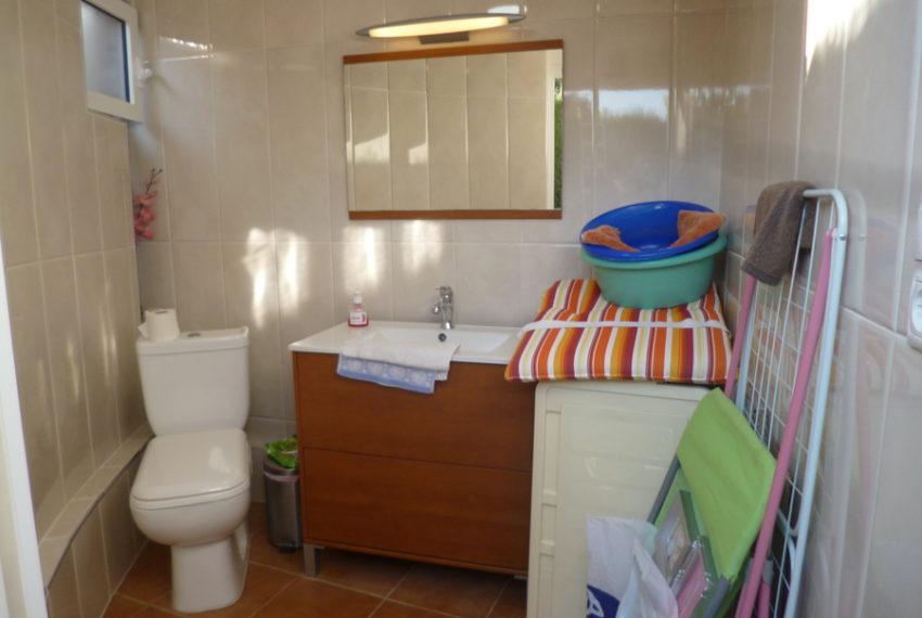 9414-bungalow-for-sale-in-la-florida-69216-large