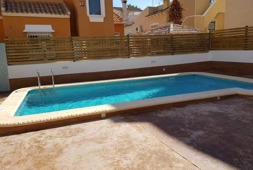 9495-villa-for-sale-in-san-miguel-70518-large
