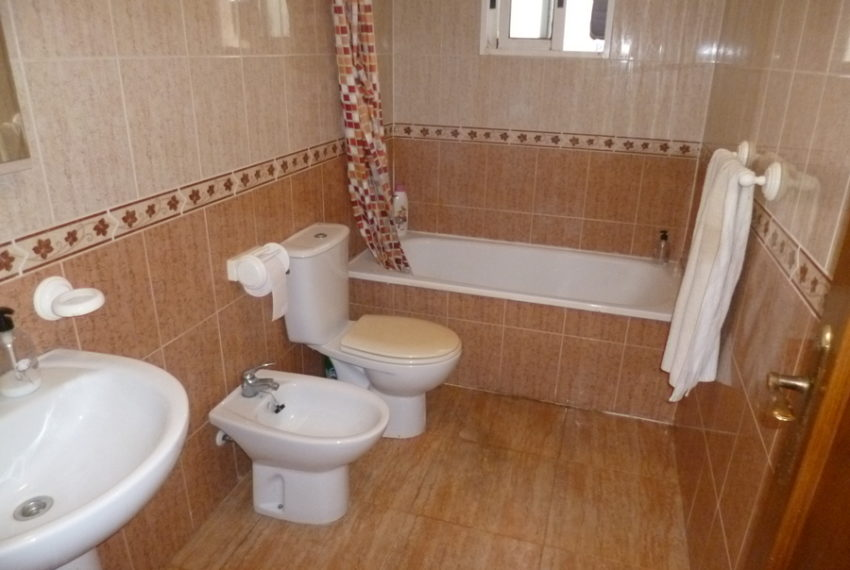 9625-apartment-for-sale-in-la-florida-72680-large