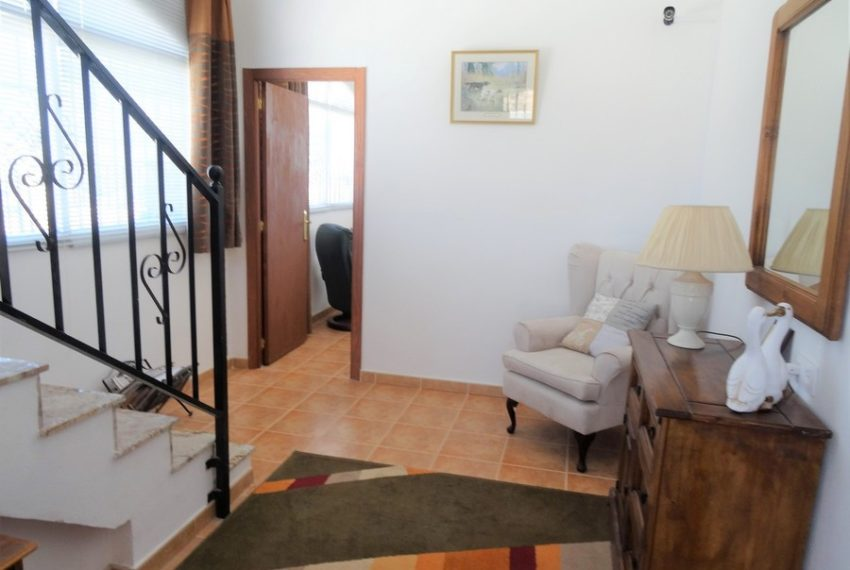 9660-villa-for-sale-in-inland-73266-large