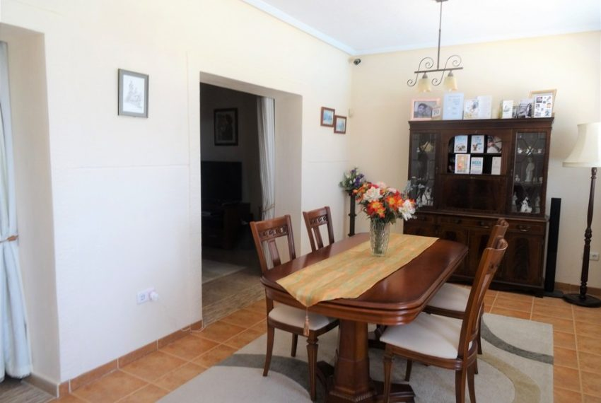 9660-villa-for-sale-in-inland-73267-large