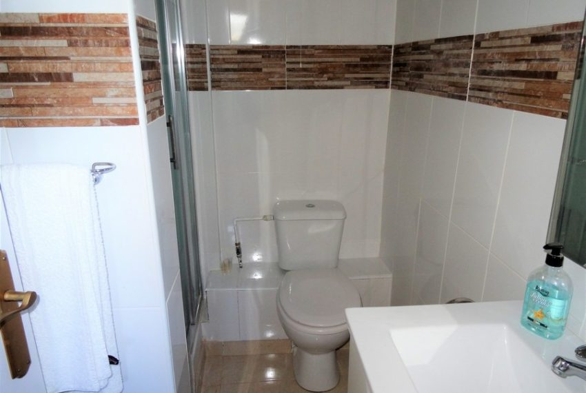 9660-villa-for-sale-in-inland-73279-large