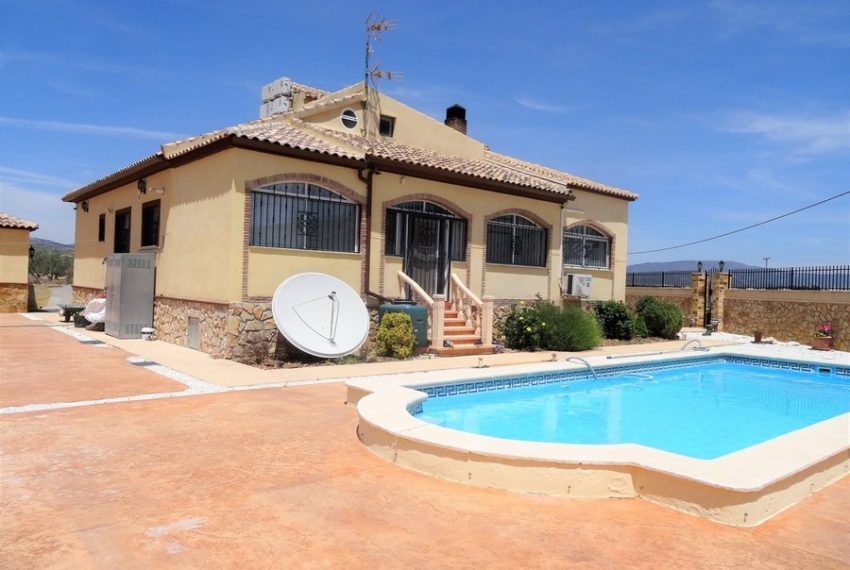 9660-villa-for-sale-in-inland-73282-large