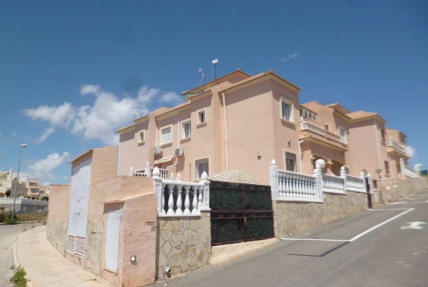 9772-quad_house-for-sale-in-playa-flamenca-75160-large