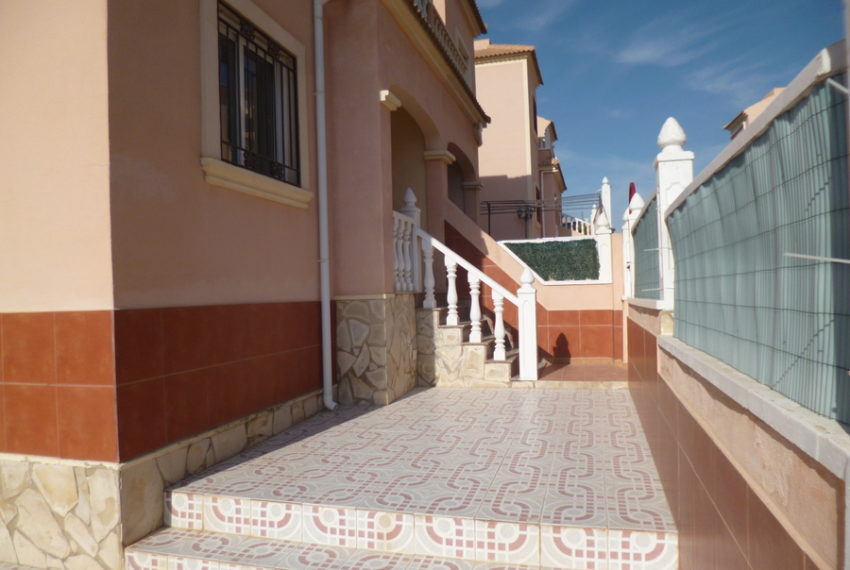 9772-quad_house-for-sale-in-playa-flamenca-75162-large