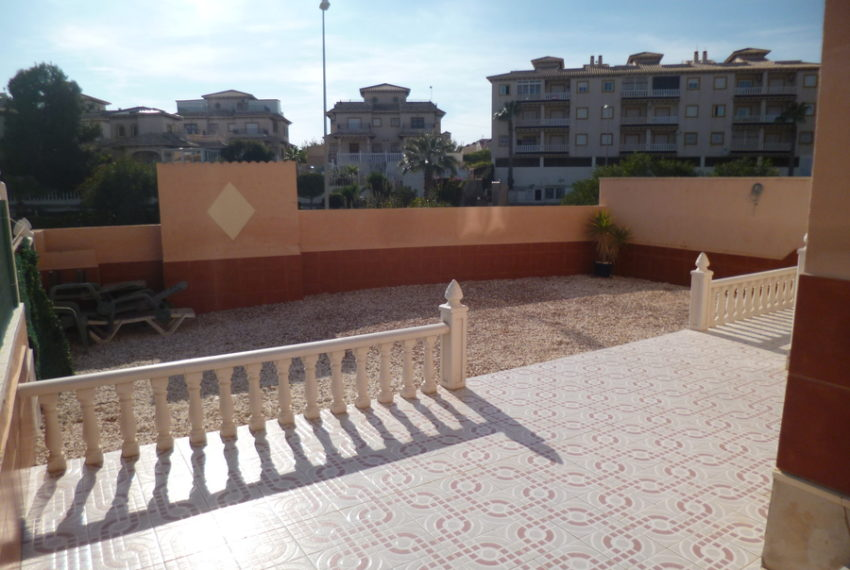 9772-quad_house-for-sale-in-playa-flamenca-75175-large