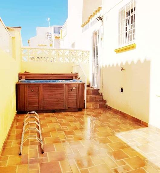 9777-quad_house-for-sale-in-playa-flamenca-75281-large
