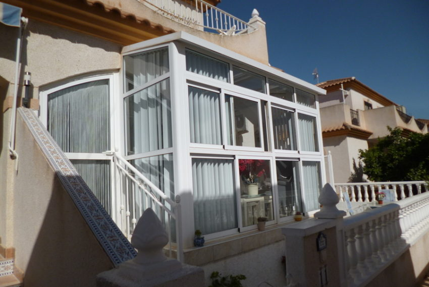 9818-bungalow-for-sale-in-playa-flamenca-76004-large