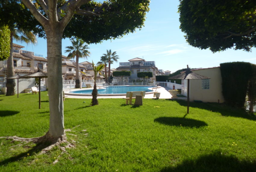 9819-quad_house-for-sale-in-playa-flamenca-75987-large