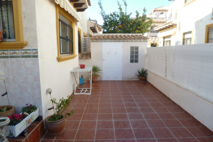 9819-quad_house-for-sale-in-playa-flamenca-75990-large