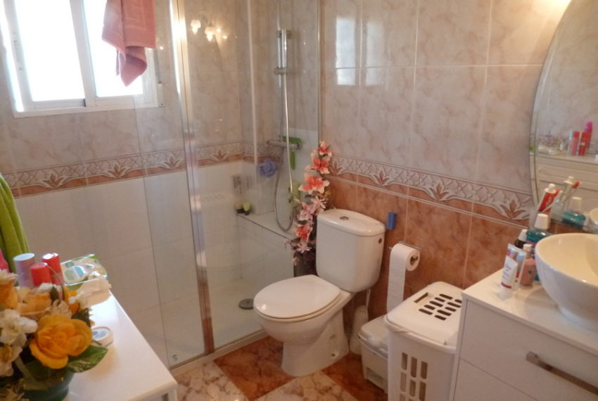 9819-quad_house-for-sale-in-playa-flamenca-75996-large