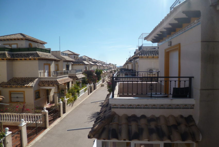 9819-quad_house-for-sale-in-playa-flamenca-75999-large