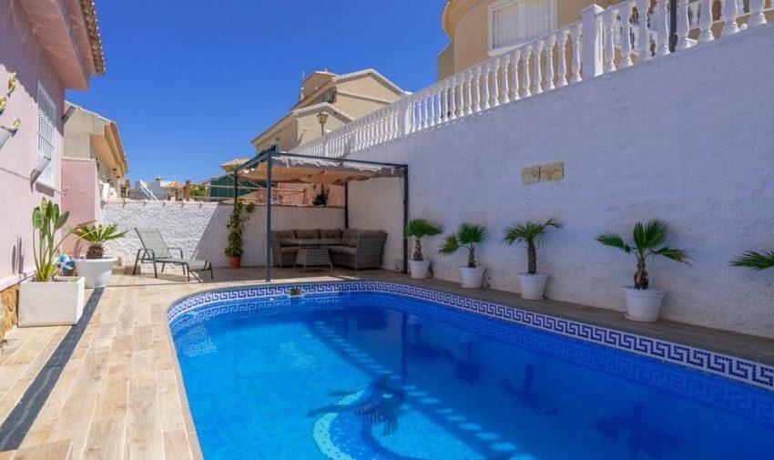 9841-villa-for-sale-in-villamartin-76384-large
