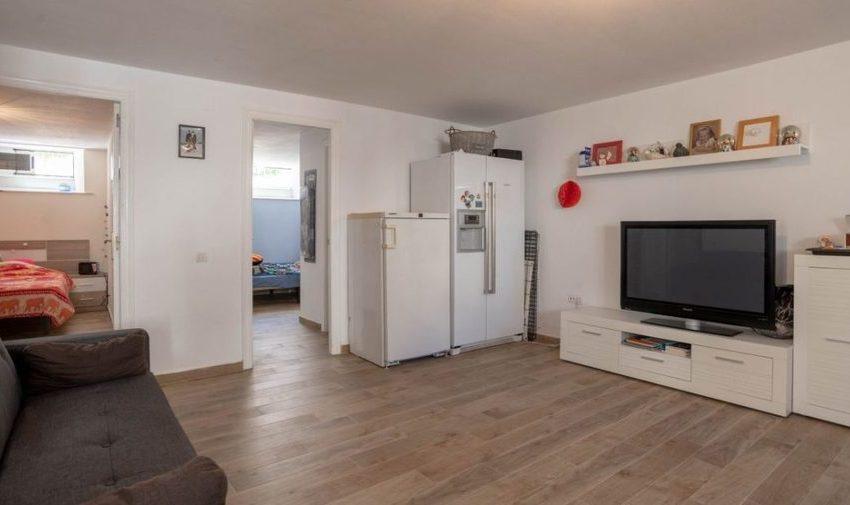 9841-villa-for-sale-in-villamartin-76386-large