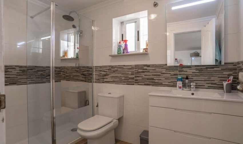 9841-villa-for-sale-in-villamartin-76390-large