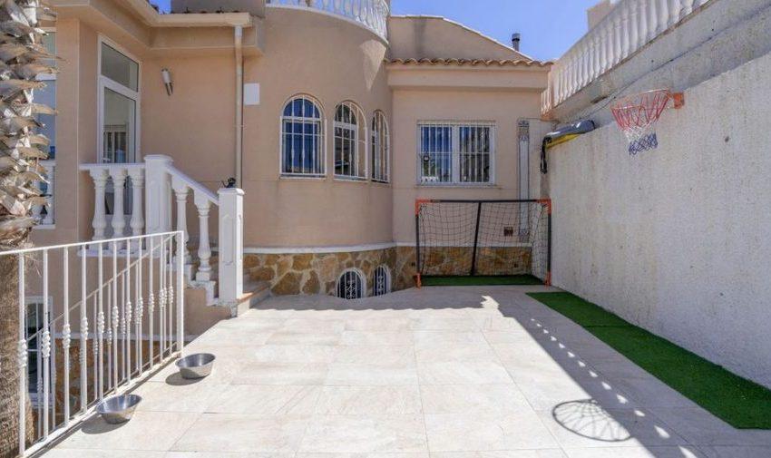 9841-villa-for-sale-in-villamartin-76397-large