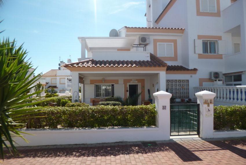 9829-quad_house-for-sale-in-la-florida-76186-large