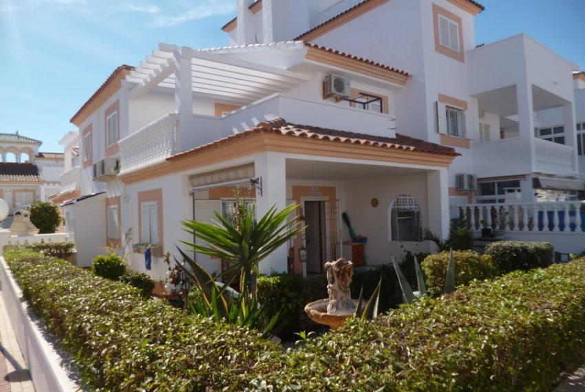 9829-quad_house-for-sale-in-la-florida-76187-large