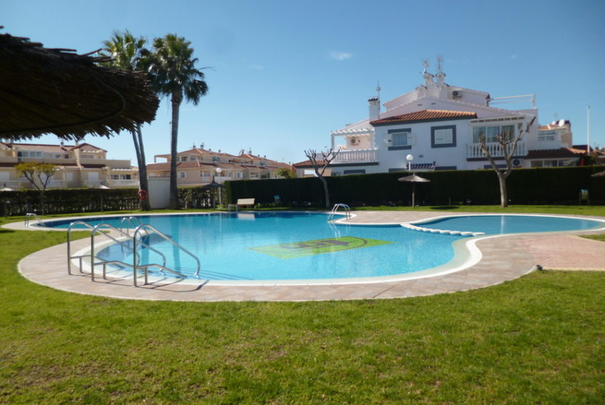 9829-quad_house-for-sale-in-la-florida-76205-large