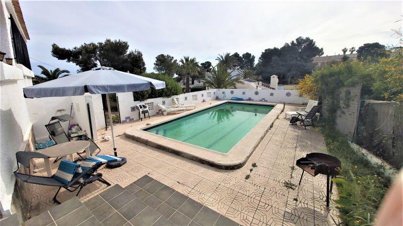3afe03c2-bcd4275-piscina