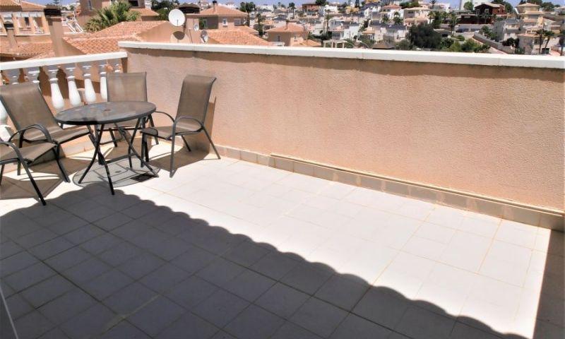 7ea9aa18-bcd3869-terraza
