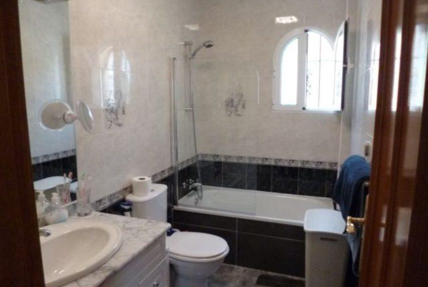 9875-villa-for-sale-in-villamartin-76942-large