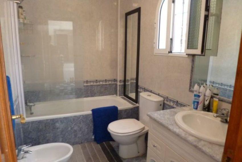 9875-villa-for-sale-in-villamartin-76943-large