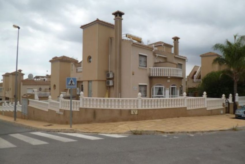 9920-villa-for-sale-in-san-miguel-77786-large