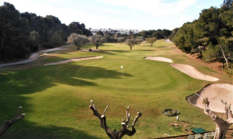 e7224dcc-villamartin-campo-de-golf