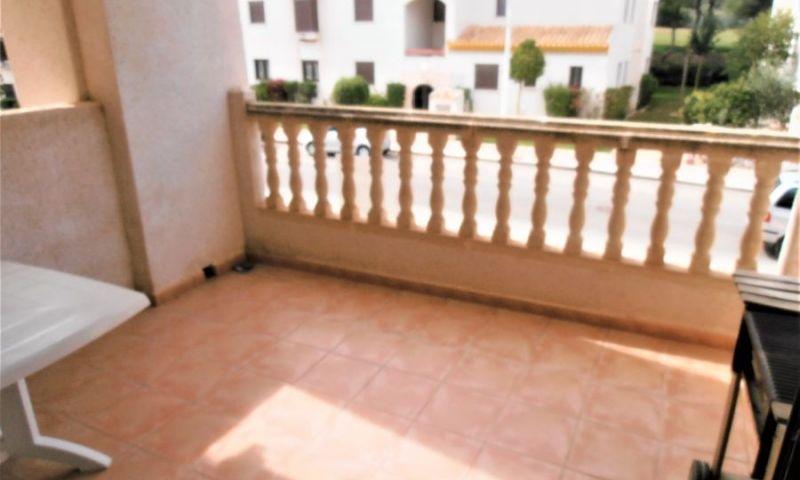 e933e649-bcd3766-terraza