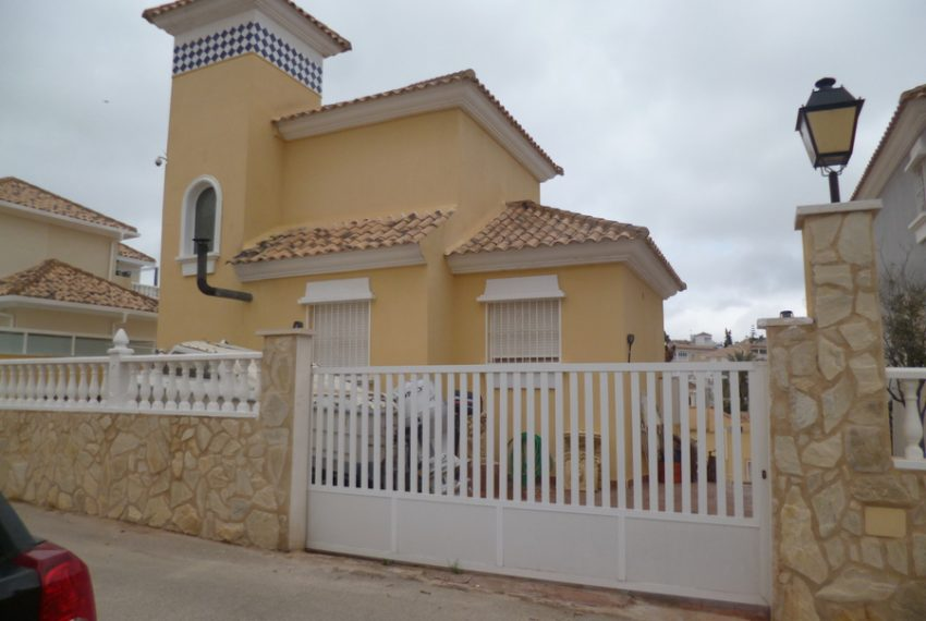 9973-villa-for-sale-in-villamartin-78747-large
