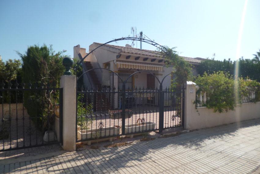 9993-bungalow-for-sale-in-playa-flamenca-79068-large