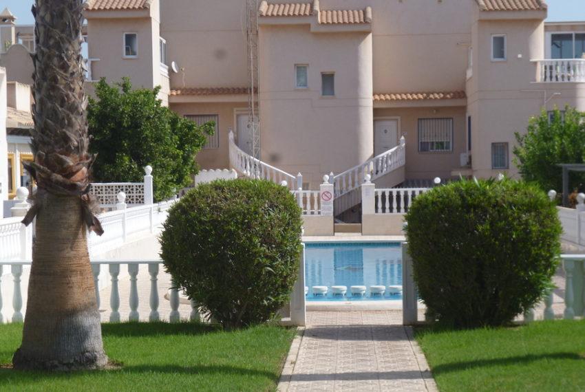 9993-bungalow-for-sale-in-playa-flamenca-79076-large