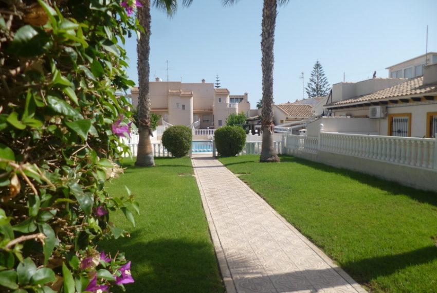 9993-bungalow-for-sale-in-playa-flamenca-79077-large